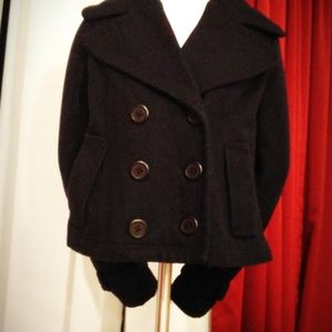 BB Dakota peacoat with wrist cuffs size small
